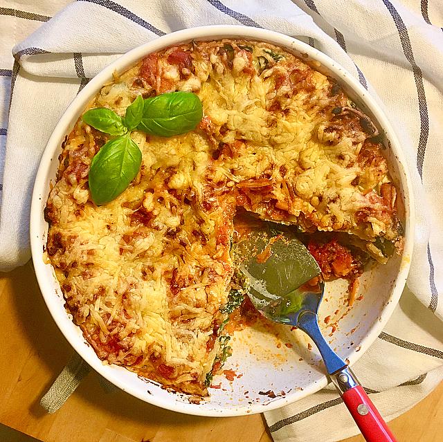 Lasagna tricolore: lasagna bolognese met een laagje ricotta en spinazie ertussen. Deze moet je echt eens proberen!